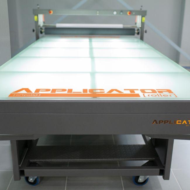 Applicator με επιφάνεια εργασίας 3,00 x 1,35 μέτρα