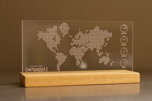 Παγκόσμιος Χάρτης με Λογότυπο